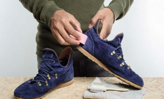 cara membuat sepatu tetap wangi
